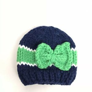 The Blueberry Hill Knit Beanie W Bow New